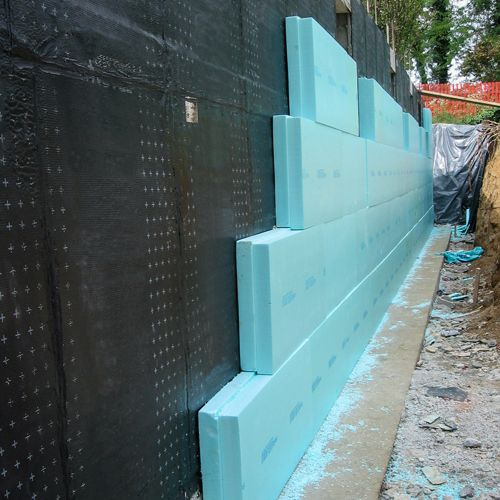 Wall below grade