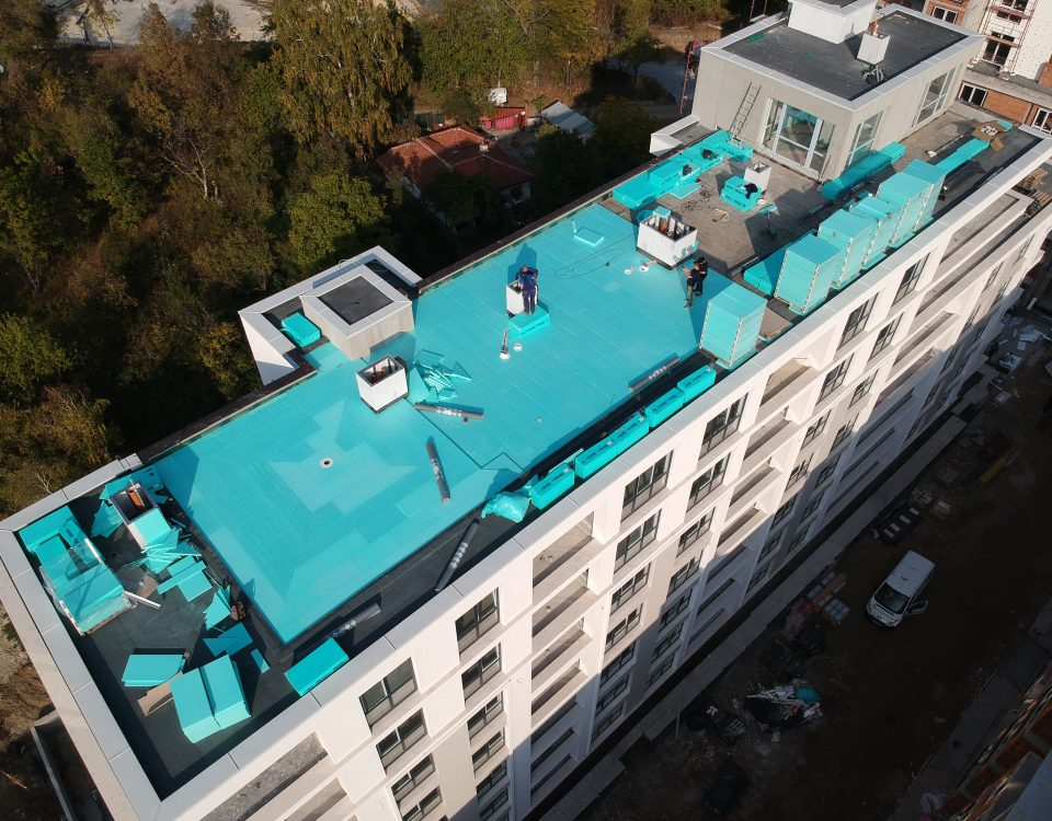 INCLINE roof